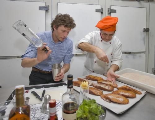 Ricardo y Peter creando torrijas_Vait
