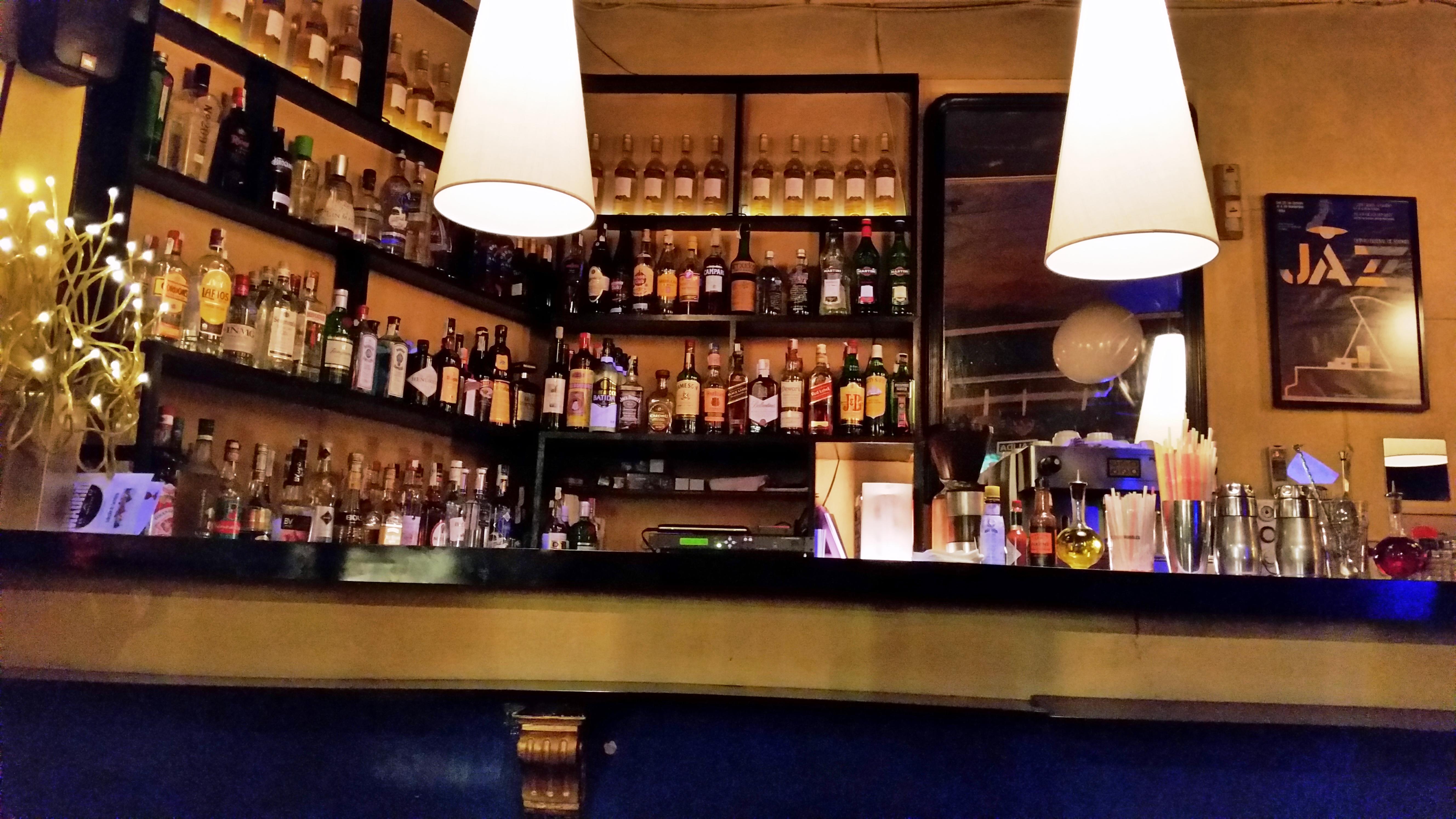 Enero 2015 p gina 2 - Barras de bar iluminadas ...