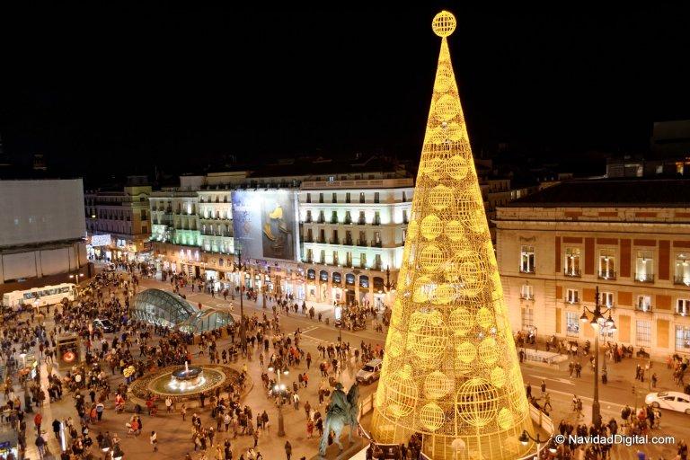 arbol-navidad-madrid-2013-sol